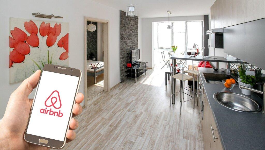 economia compartilhada airbnb